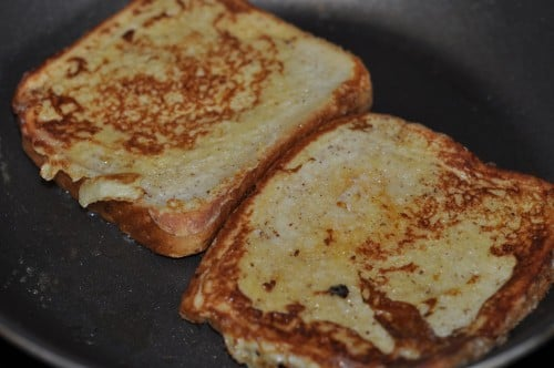 French toast, or eggy bread, or gypsy toast, friend golden.