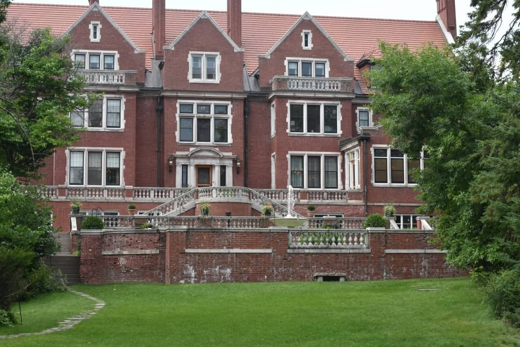 A Visit to Glensheen Mansion in Duluth, MN