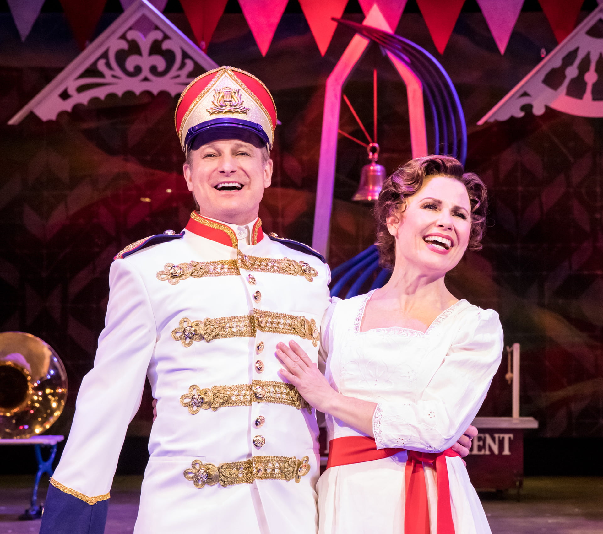Review of The Music Man at the Chanhassen Dinner Theatres